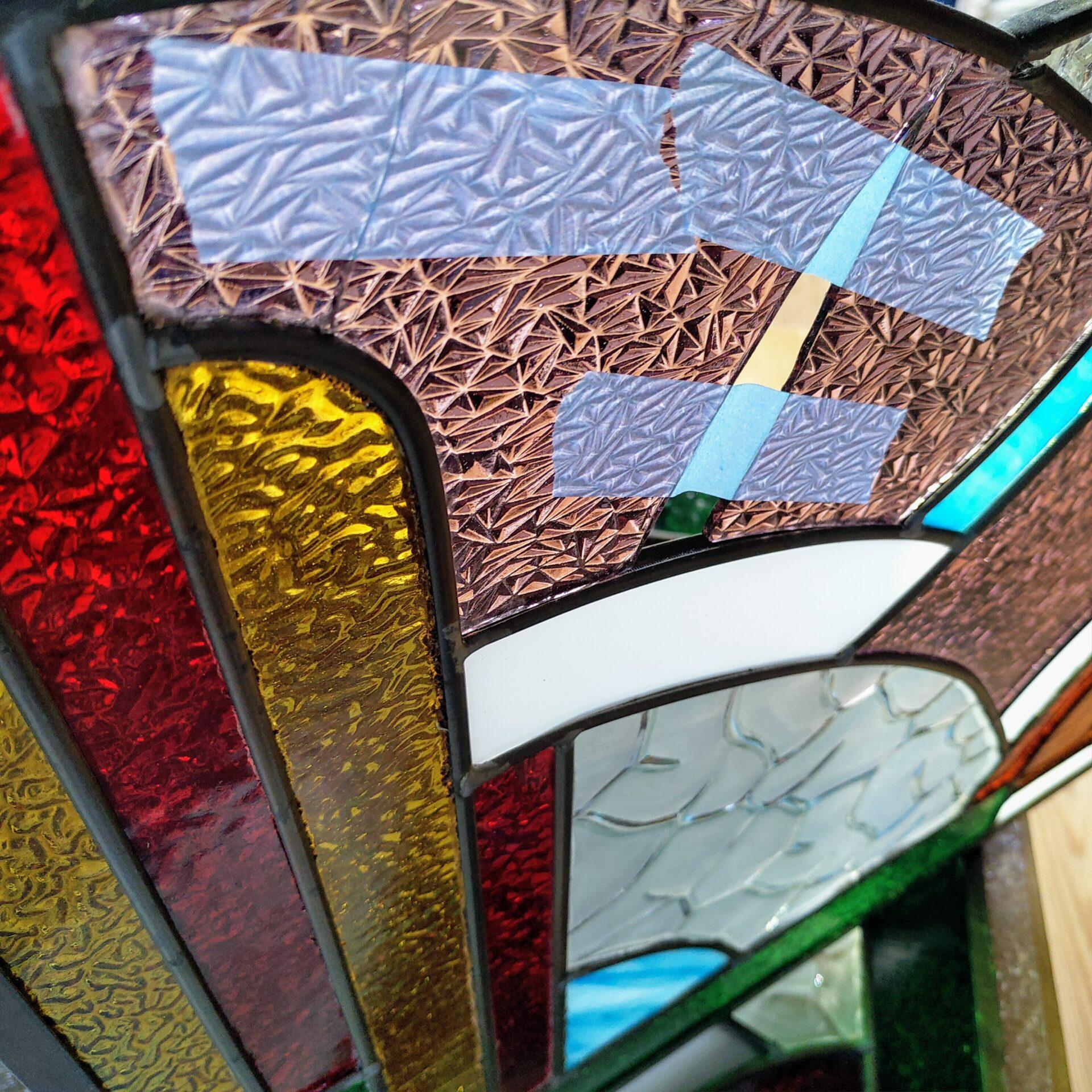 Gebroken glasraam vitrail cassé broken stained glass art deco